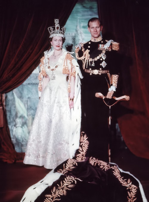Elizabeth_II___Philip_after_Coronation