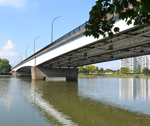 718px-Pont_Georges-Clemenceau
